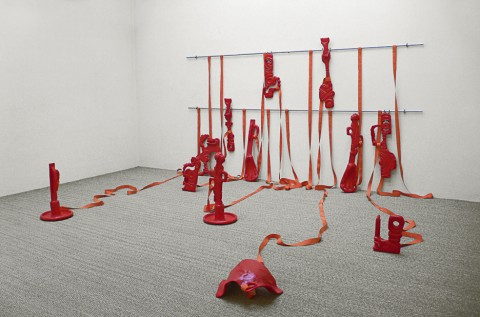 Kittyfat (Red),| 2004, 500 x 400 x 250 cm, polyester resin, aluminum pipes, cloth
